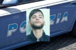 """""""Dammi i soldi"""", armato di spranga tenta rapina: bloccato e arrestato. IL VIDEO"""