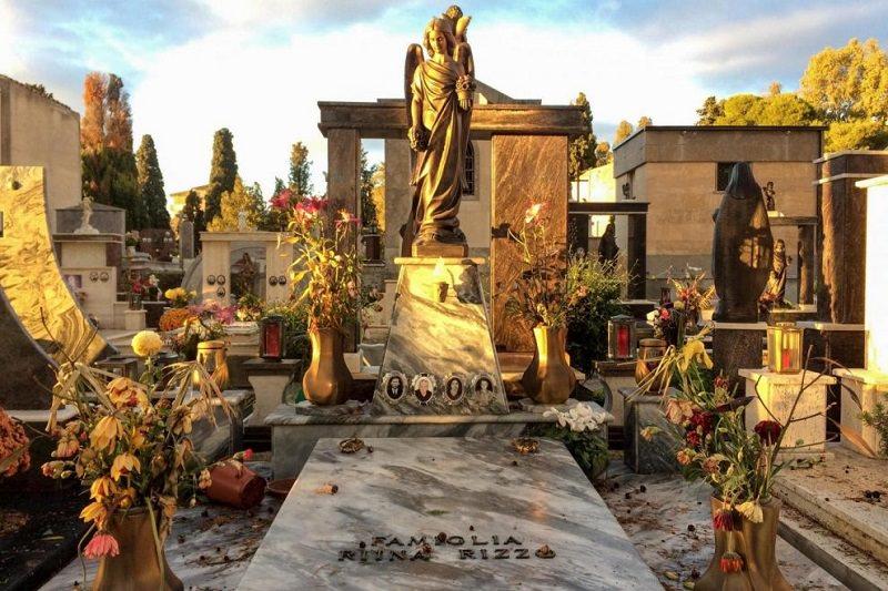 Riina torna a casa, tumulata la salma al cimitero di Corleone: i familiari non parlano