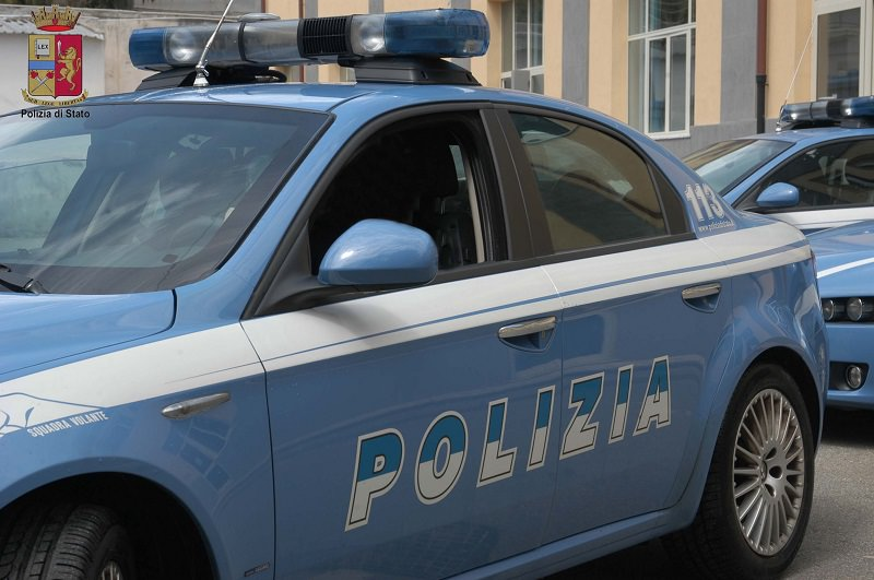 60 kg di hashish in auto, arrestati