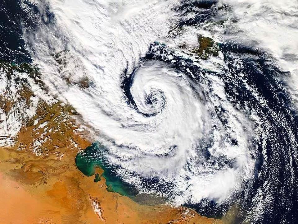 Temporali, venti di burrasca, freddo e neve: maltempo in Sicilia. Allerta meteo per le prossime 36 ore