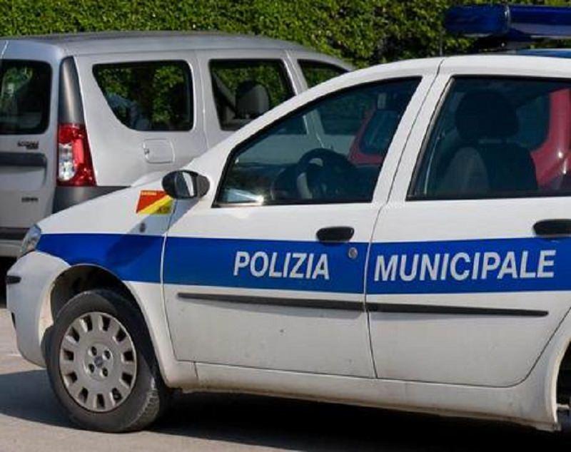 Paura in centro, scontro autobus-tram: diversi feriti