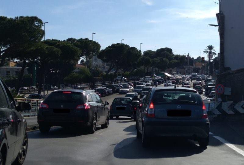 """Degrado e insicurezza tra piazza Mancini Battaglia e Lungomare, Campisi: """"Senza vigilanza il lungomare resterà sempre un disastro"""". FOTO"""