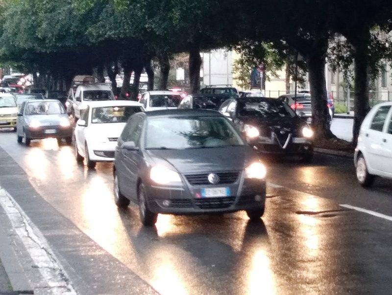 Circonvallazione di Catania completamente paralizzata: incidente lungo viale Ulisse