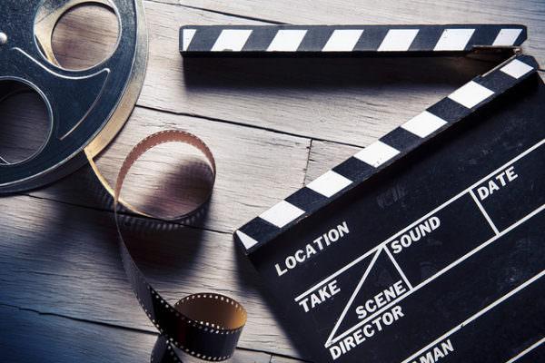 La Catania cinefila fa breccia nel cuore dei giovani. Un viaggio a ritroso attraverso l'emozionante storia del cinema.