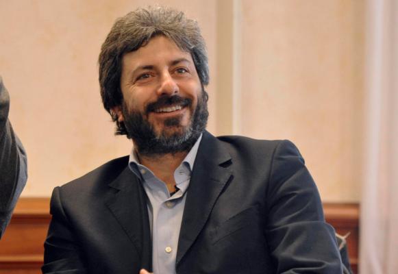 Crisi di Governo, verso il mandato esplorativo a Fico: la decisione di Mattarella