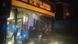 Catania, tensione su un bus di linea: 41enne in escandescenza contro autista, passeggeri impauriti