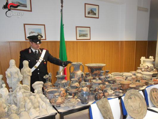 Traffico di beni archeologici siciliani da Caltanissetta verso l'Europa: 23 arresti. NOMI e VIDEO