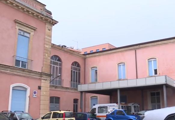 """Ospedale di Bronte carente di medici in diversi reparti. Sindaco Calanna: """"Si rischia il caos"""""""