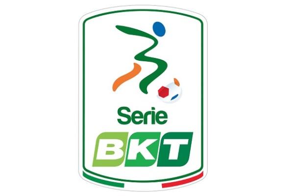 Il Tar del Lazio esclude l'Avellino dalla Serie B. Catania sicuro della partecipazione ma l'avvio del torneo resta in forse