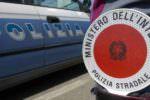Incidente autonomo lungo la Catania-Siracusa: motociclista perde il controllo e finisce sull'asfalto
