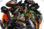 La cena al ristorante a base di cozze e molluschi e il malore nella notte: i dettagli sul decesso di Eugenio Vinci