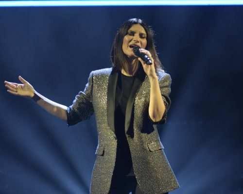 Laura Pausini pronta ad arrivare in Sicilia: sold out le date di Acireale