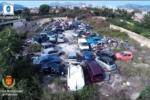 Abusivismo, individuata a Palermo discarica con rifiuti speciali: trovate 51 auto da rottamare
