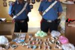Arrestato giovane spacciatore: 100 grammi di marijuana gli avrebbero fruttato oltre mille euro