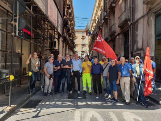 Appalti ferroviari: 300 lavoratori rischiano il posto in Sicilia. La denuncia della Cgil