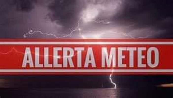 Catania, SCUOLE CHIUSE martedì 12 novembre per allerta meteo rossa