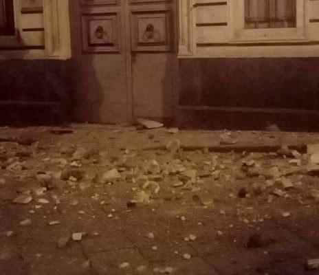 Terremoto nel Catanese, crolli a Santa Maria di Licodia: ad Adrano e Biancavilla si attende prima di tornare a casa