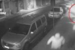 Il rancore verso colui che gli riduce le forniture: fanno esplodere bomba in un negozio – VIDEO