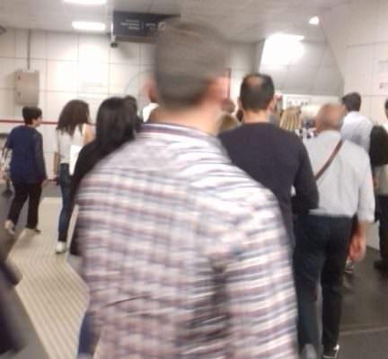 """Metro Catania in tilt, numerosi disagi e lunghe attese: """"Si aspettano treni nuovi"""", ecco cosa è successo"""