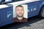 Librino, nascondeva kalashnikov e tritolo in bagno: arrestato 40enne