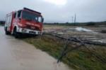 Emergenza maltempo nel Catanese: vigili del fuoco rischiano di essere trascinati in un torrente. FOTO e VIDEO