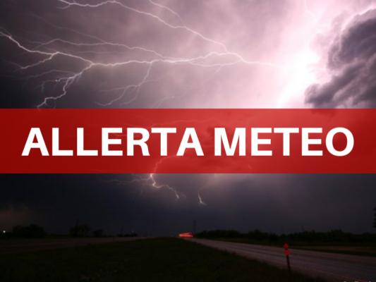 Il maltempo non lascia la Sicilia: forti temporali, vento e grandinate. Diramata allerta meteo