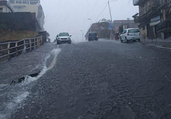 """Catania allagata, sistema convoglio acque non regge: """"Deflusso delle acque all'anno zero"""""""