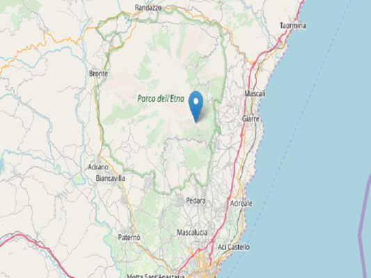Trema la terra nel Catanese, avvertita scossa a Milo e Zafferana: Etna possibile causa