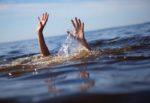 Panico a Ognina: mare agitato, minorenne non riesce a tornare a riva. Salvato dall'annegamento