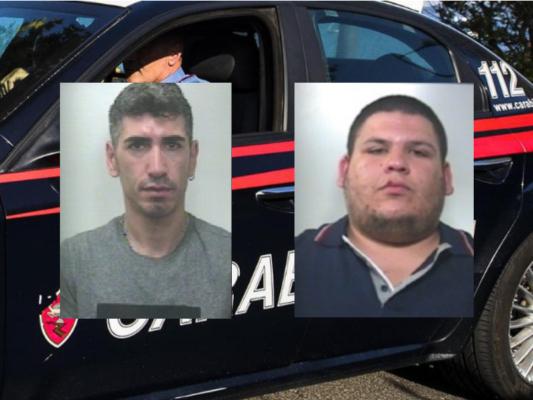 Furto di armi e detenzione illegale, operazione dei carabinieri: due persone in manette