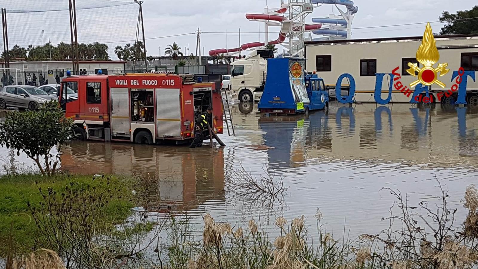 Catania, si allaga circo acquatico alla Playa: danni a causa del maltempo – FOTO