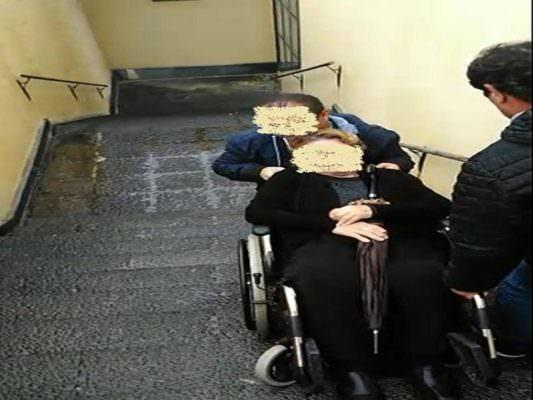 """Misterbianco, cimitero """"vietato"""" ad anziani e disabili – FOTO e VIDEO"""