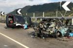 Tragico incidente sulla Caltanissetta-Gela: 2 morti e 4 feriti, tre sono in codice rosso
