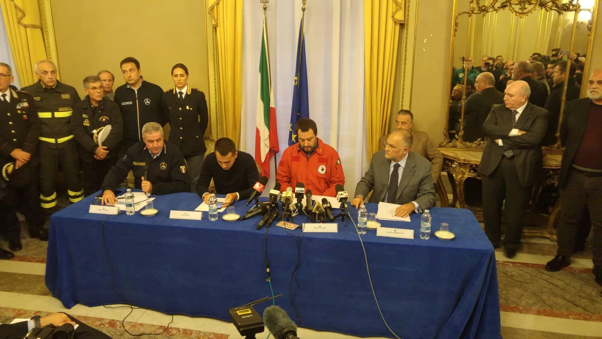 """Emergenza Etna, Salvini e Di Maio in visita alla Prefettura: """"Vicini alle popolazioni colpite"""""""