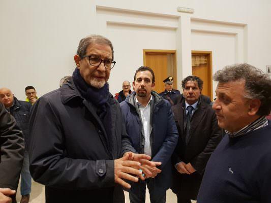 """Musumeci in visita a Zafferana, a Capodanno l'incontro con gli sfollati: """"Obiettivo ricostruzione"""""""
