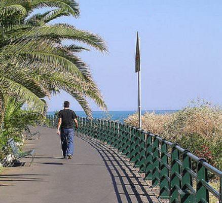Catania, tragedia sul lungomare di Ognina: uomo muore mentre fa jogging