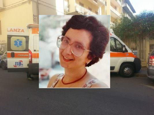 Accompagna la nipotina al pronto soccorso, insegnante si accascia al suolo e muore