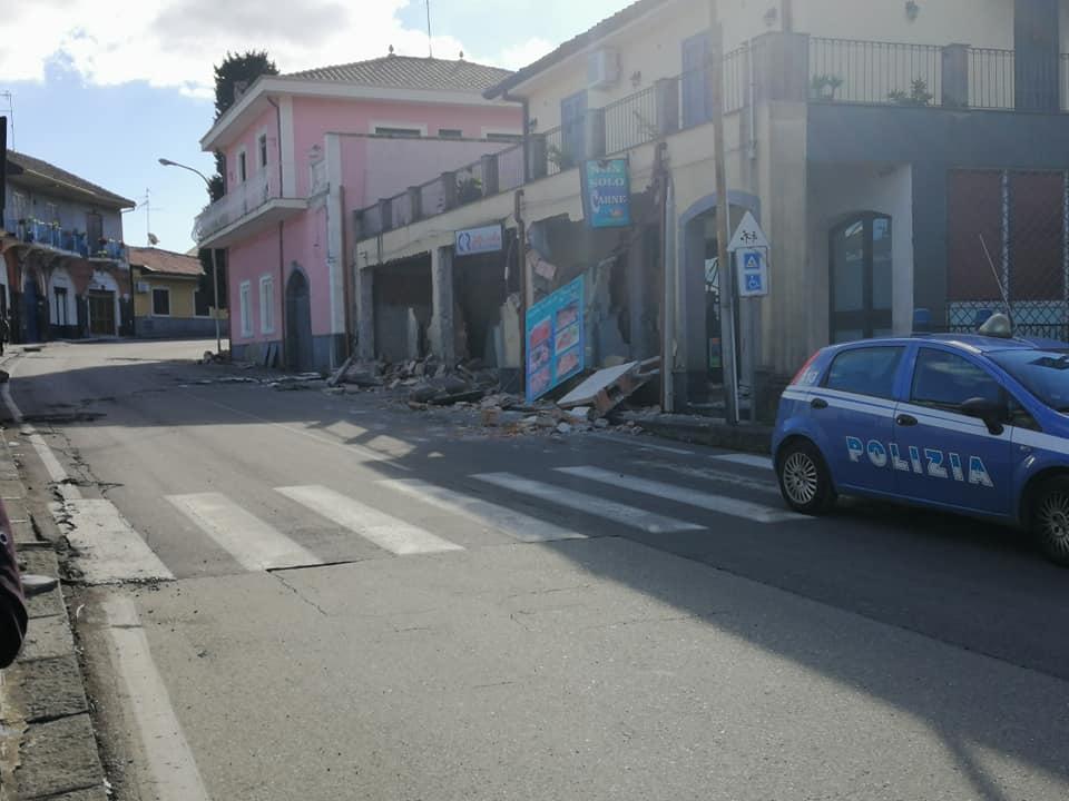"""Emergenza terremoto, parla la Protezione Civile: """"Qualche richiesta d'aiuto non è veritiera"""""""