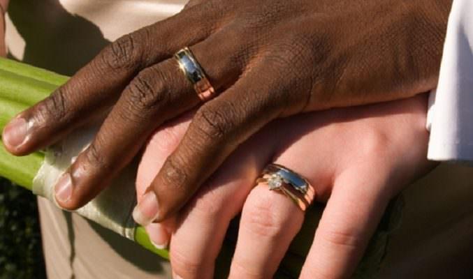 Finti matrimoni tra tunisini e donne siciliane per ottenere permesso ...