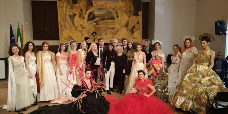 """Presentata tra impegno e solidarietà """"Magnificat"""", la XVIII mostra di abiti e costumi dedicati a Sant'Agata"""