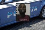 Cerca di imbarcarsi su volo per Istanbul con documento falso: 32enne arrestato all'aeroporto di Catania