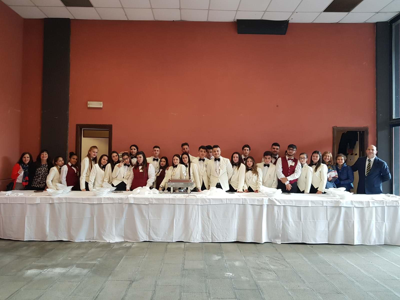"""L'istituto alberghiero """"Karol Wojtyla"""" di Catania partecipa alla IV edizione del """"Festival nazionale dell'educazione alla salute"""""""
