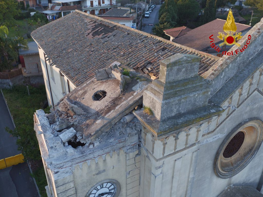 Sisma di Santo Stefano: sopralluogo dei vigli del fuoco a Pennisi – FOTO e VIDEO