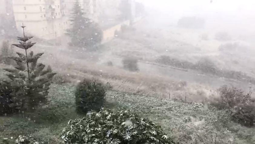 Sicilia imbiancata, neve e disagi in diverse province: la situazione attuale – FOTO e VIDEO