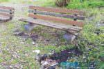 Catania, parco Gioeni sempre più in ginocchio: panchine rotte, immondizia sui prati e tubi scoperti