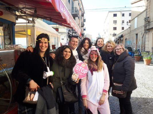 """Altro che terroni, gruppo di amiche milanesi festeggia addio al nubilato a Palermo: """"Non ci piace il razzismo geografico"""""""