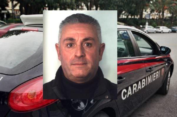 Blitz dei carabinieri in via Ustica, fermato pusher catanese con oltre 20 dosi di marijuana