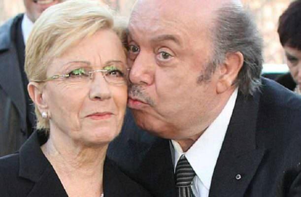 """Lino Banfi commuove l'Italia raccontando della malattia della sua Lucia: """"Non riesco a rassegnarmi"""""""
