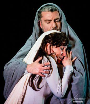 """""""Si chiamava Gesù"""", la storia del figlio di Dio raccontata attraverso le musiche di De Andrè e le parole di Kahlil Gibran"""