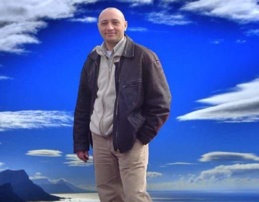 Un artista che canta l'amore per la Sicilia e tanto altro: ecco a voi Mauro Cannavò